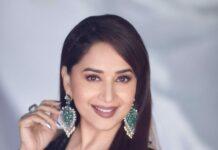 Madhuri Dixit in black Manish Malhotra saree for dd-4