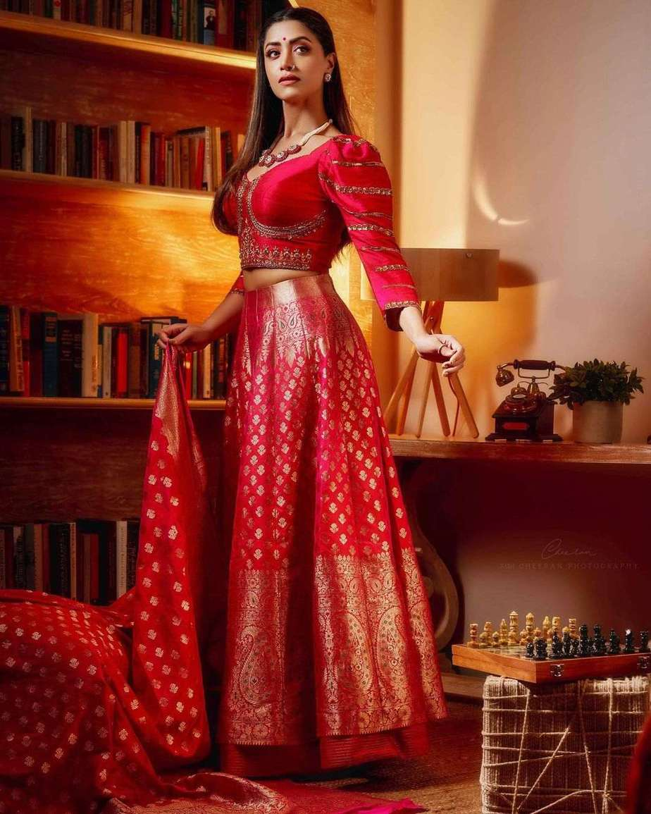 Mamta Mohandas in pink lehnga by label m designs-1