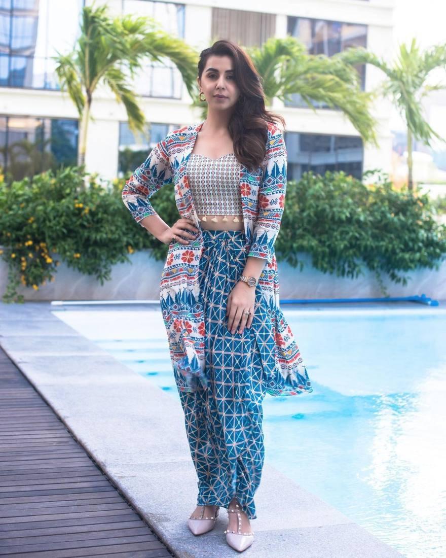 Nikki Galrani in navy blue dhoti skirt set by Soup-1