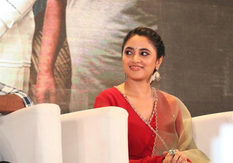 Priyanka Mohan in red anarkali set for Doctor promotions-3