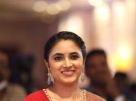 Priyanka Mohan in red anarkali set for Doctor promotions-4