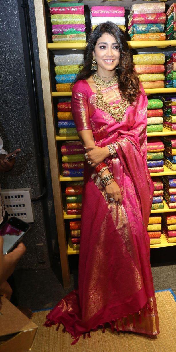 Shriya Saran in a pink pattu saree at shop opening-2