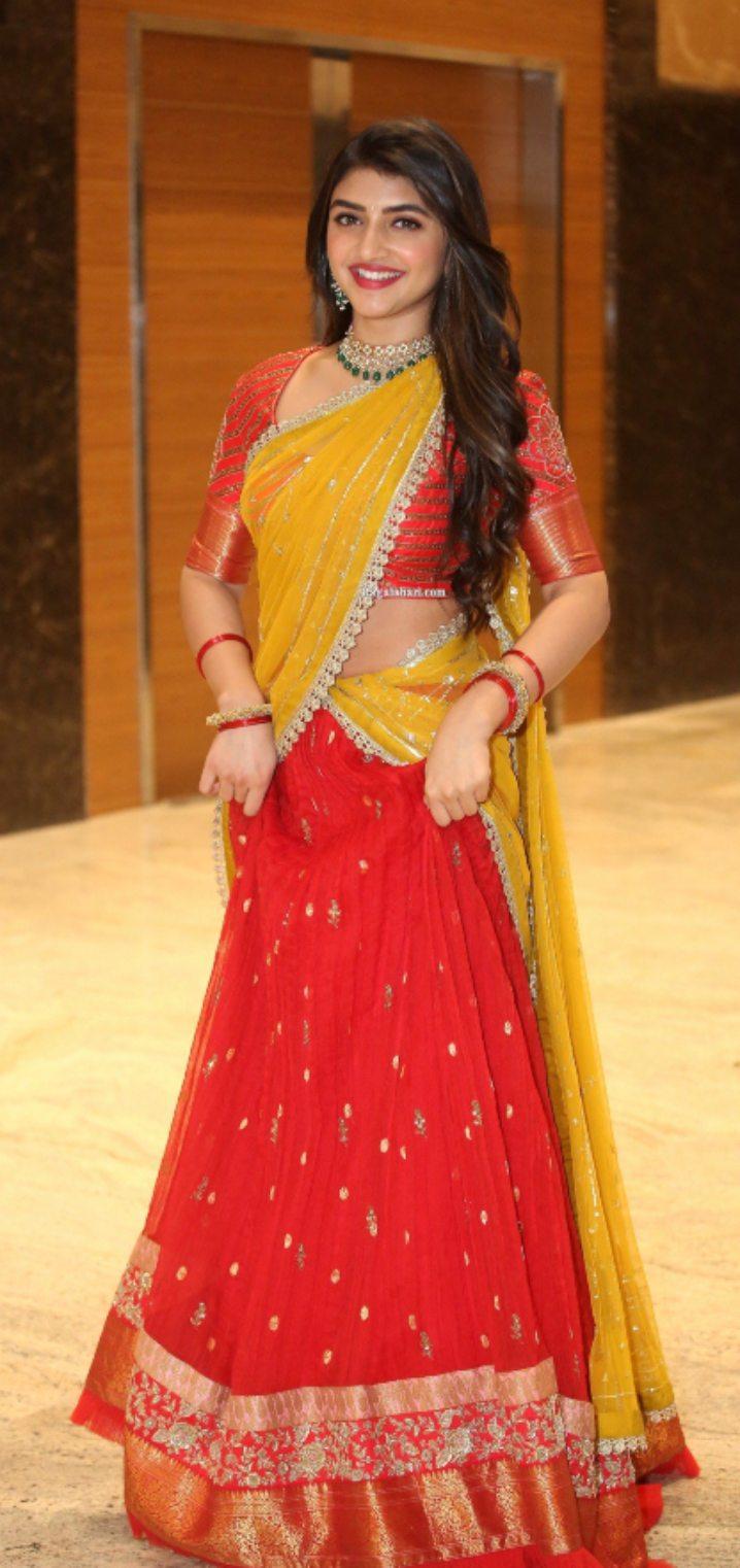 Sreeleela in a red half saree for Pelli SandaD pre-release event-4