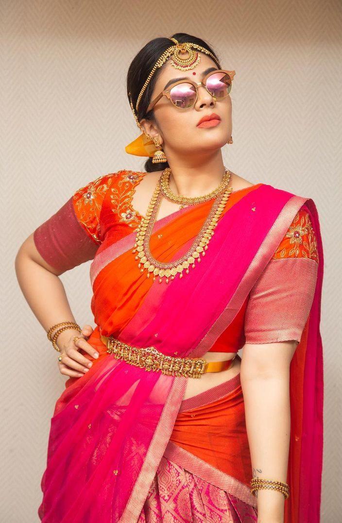 Sreemukhi in a pink pattu half saree by feathers btq-2