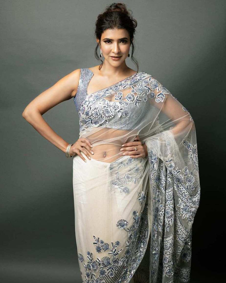 lakshmi Manchu in a white saree by manish Malhotra for SIIMA 2021-1